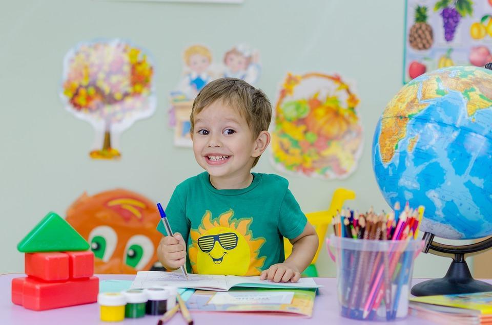CLEVER KIDS – ateliere bilingve pentru copii